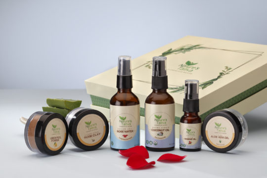 Everyday Essentials gift box for valentine day special