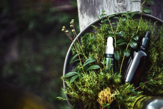 Natural beauty products for winter bride look