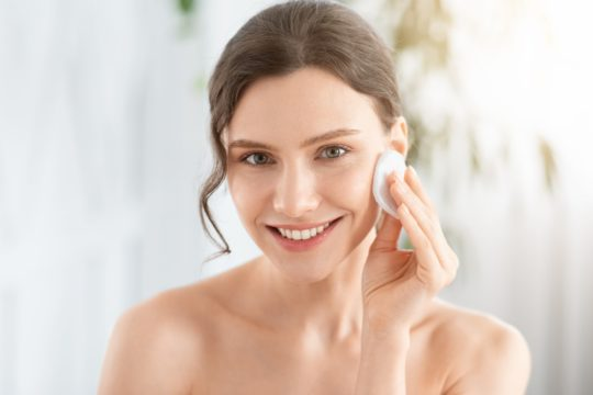 Benefits Of Using Clay For Skin Tightening